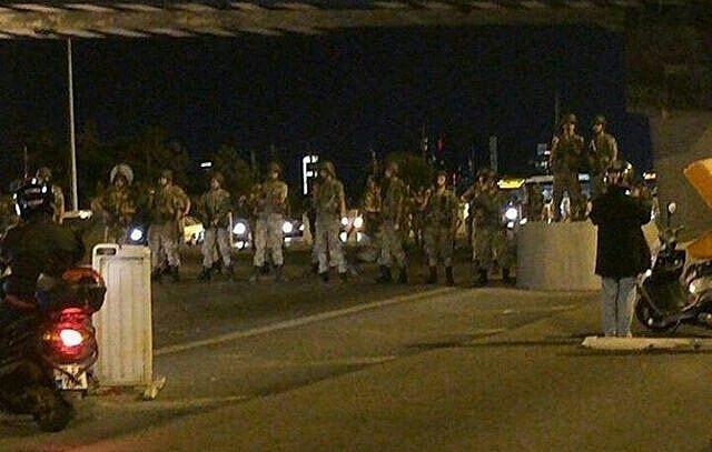 (國際)(1)土耳其總理説部分軍官企圖發動軍事政變