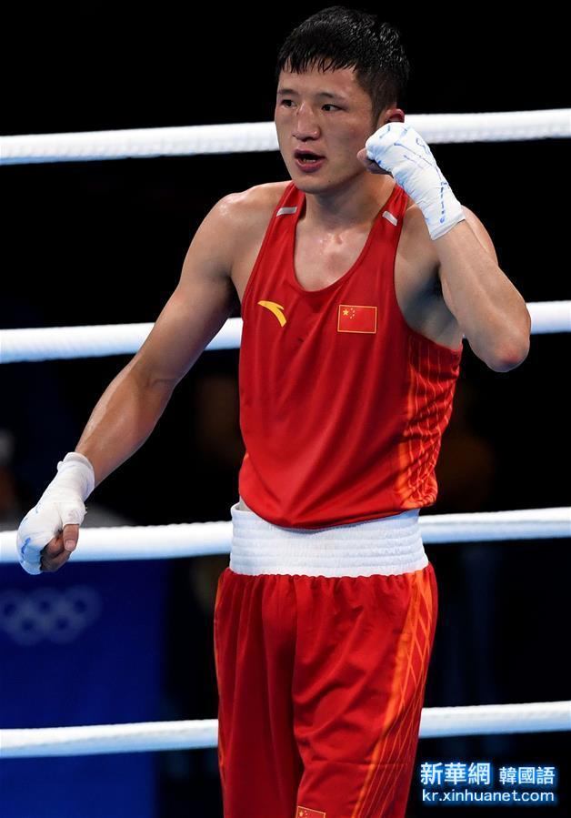 (裏約奧運會)(10)拳擊——男子56公斤級預賽:中國選手張家瑋獲勝