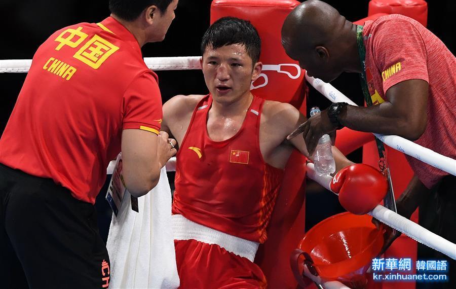 (裏約奧運會)(5)拳擊——男子56公斤級預賽:中國選手張家瑋獲勝