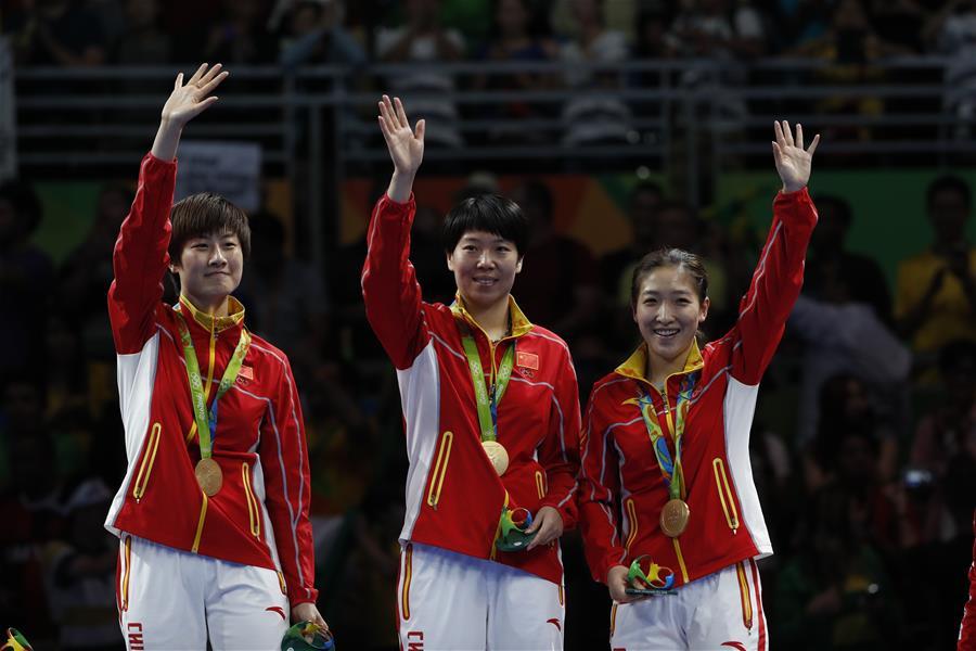 (裏約奧運會·領獎臺)(3)乒乓球——中國女隊奪金