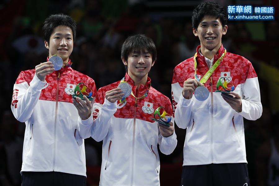 (裏約奧運會·領獎臺)(1)乒乓球——男子團體賽頒獎儀式