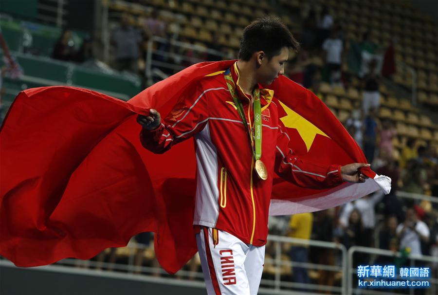 (裏約奧運會·領獎臺)(5)跳水——男子10米臺:陳艾森奪金