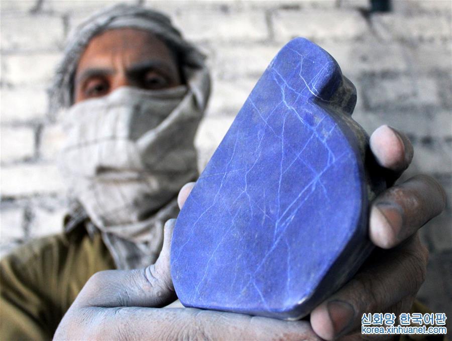 (一带一路·好买卖)(1)巴基斯坦加工的青金石走俏市场