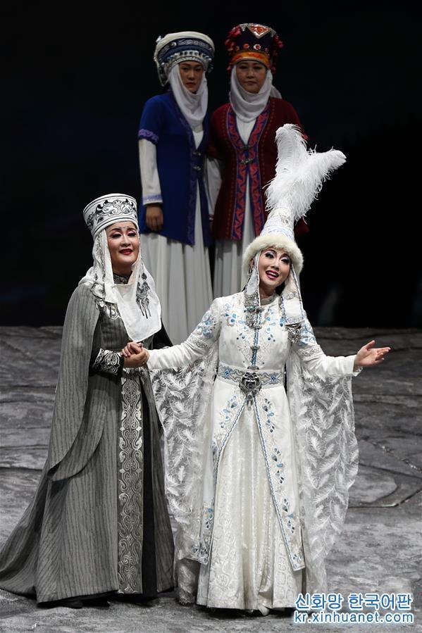 (新華視界)(4)歌劇《瑪納斯》在京上演