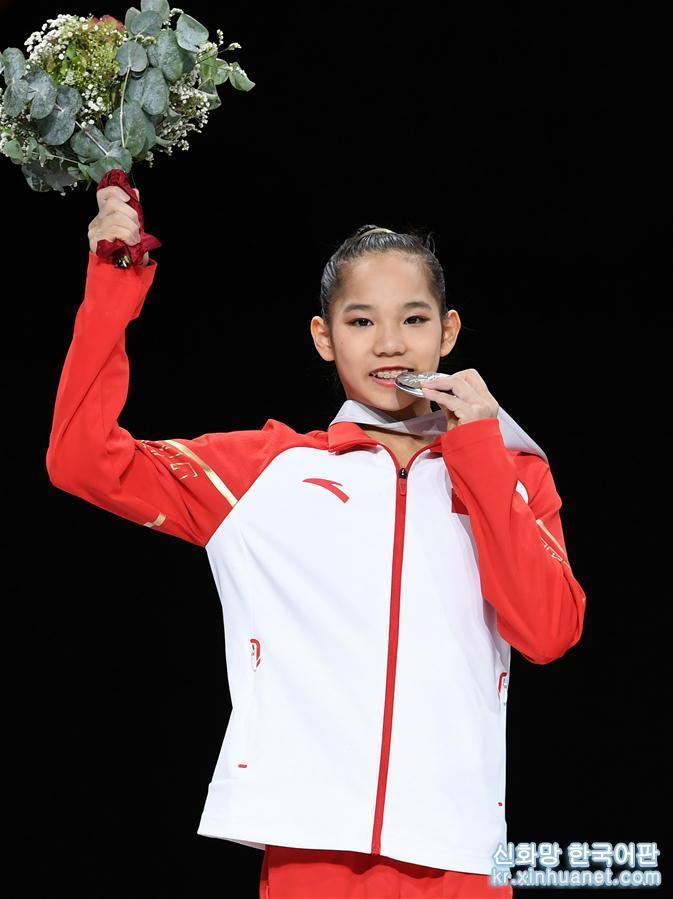 (體育)(1)體操——世錦賽女子全能決賽:中國選手唐茜靖獲得亞軍