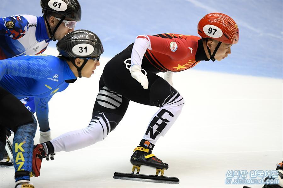 (體育)(1)短道速滑——世界杯名古屋站:中國隊獲男子5000米接力冠軍