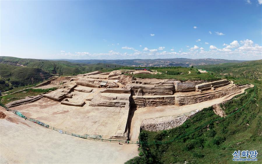 (文化)(1)陜西石峁遺址皇城臺發現70余件精美石雕