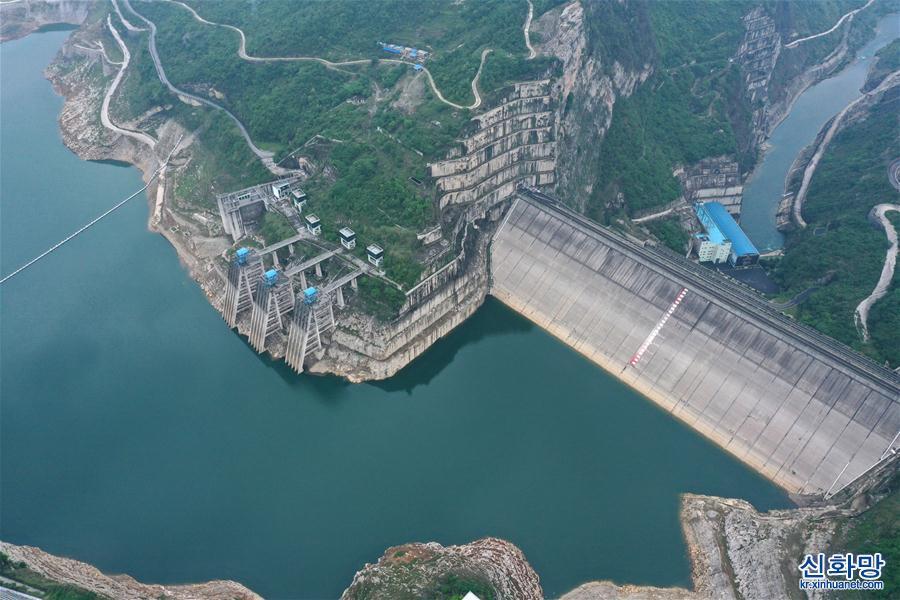 (新華視界)(1)俯瞰貴州洪家渡水電站