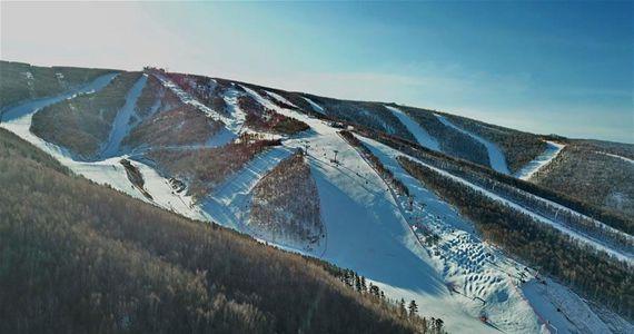 북국 풍경--열정 뿜어내는 충리의 빙설풍경