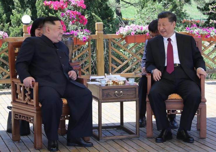 시진핑, 김정은 조선로동당 위원장과 다롄서 회담
