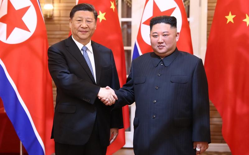 시진핑, 김정은 조선로동당 위원장, 국무위원회 위원장과 회담