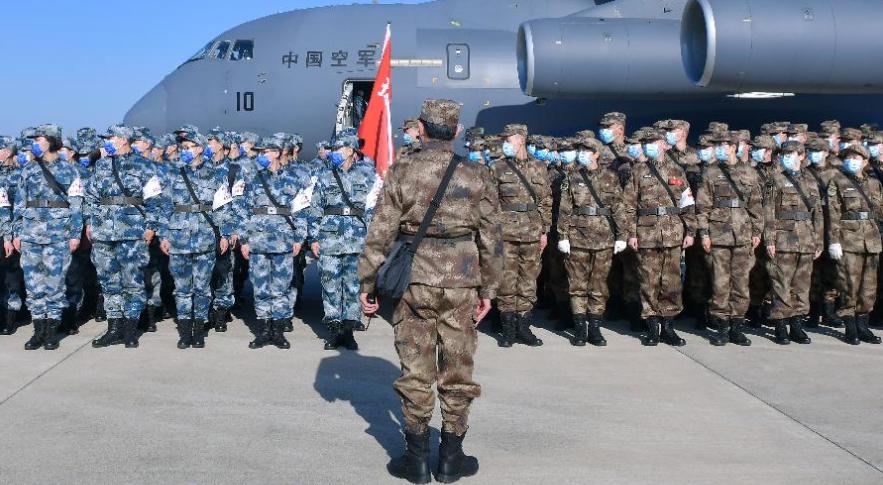 공군, 제4차 대규모 의료진·물자 우한에 공수