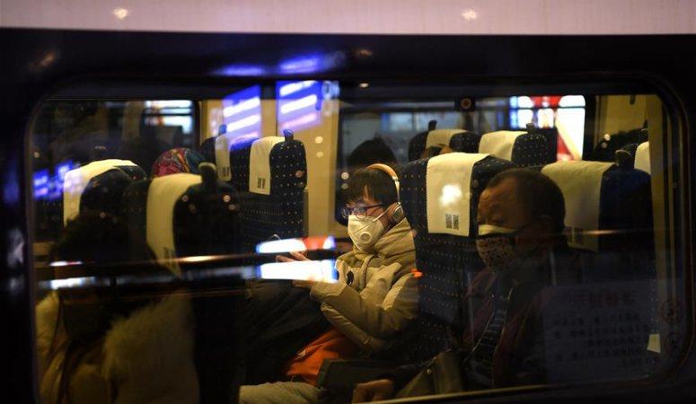 쓰촨 첫 노동자 일터 복귀 전용열차 운행