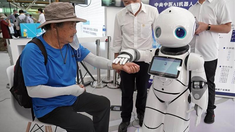 (2020 CIFTIS) 로봇 중의사, 중국국제서비스무역교역회서 '진료'