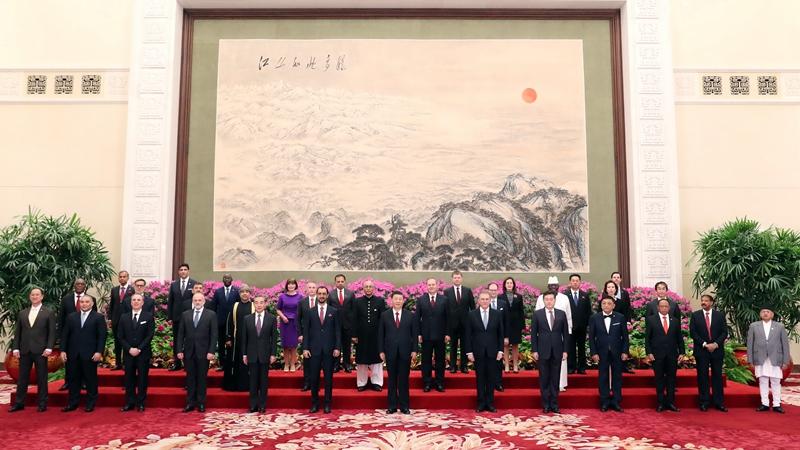 시진핑, 중국 주재 외국 신임대사들 신임장 접수