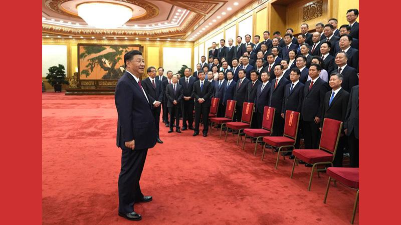 시진핑, 전국 우수 현 당서기 회견