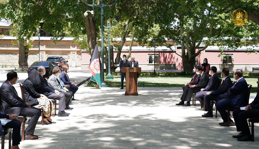 카불 대통령 관저서 중국산 백신 전달식 거행