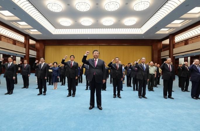 시진핑 등 당·국가 영도자, '초심을 잃지 않고 사명을 명심하자' 중국공산당역사전 관람
