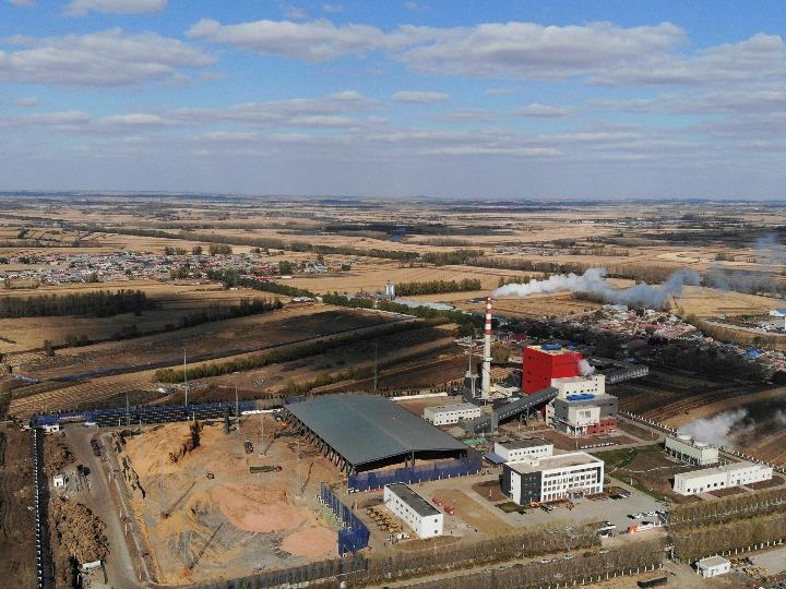 中 헤이룽장성, 수확철 맞아 분주한 바이오매스 발전소