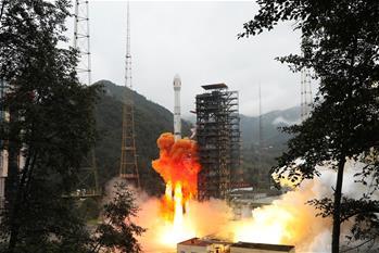 中, 인공위성 '스젠21호' 성공적 발사