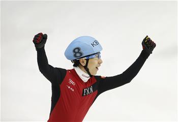 쇼트트랙 선수권: 中 한톈위 남자 개인종합 우승