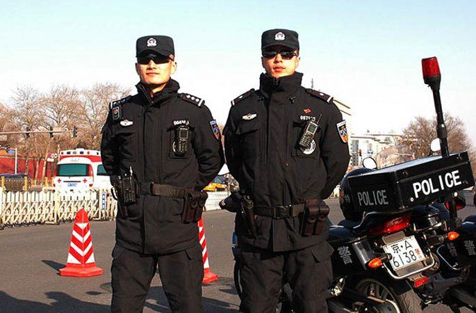 中 카메라속 수도 특수 경찰의 '양회' 스타일