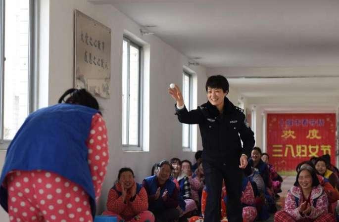 후베이 스옌 구치소 여성 교도관의 하루