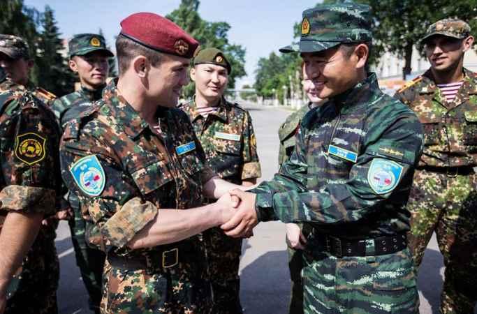 中-俄 '협력-2016' 합동 반테러훈련 가동식 거행