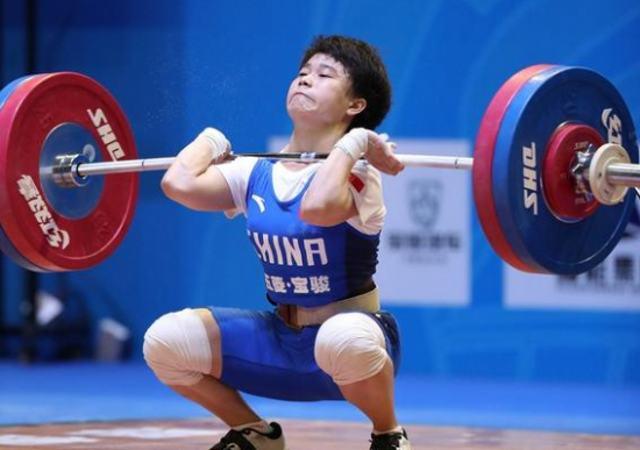 """""""차이나의 힘"""" 리우에서 빛을 발하다---리우 올림픽 역도 종목 전"""