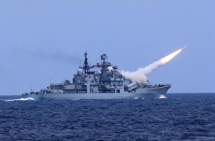 中해군, 동중국해서 실전부대 실탄 대항훈련 진행