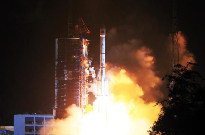中위성모바일통신시스템, 톈퉁1호 위성 처음 성공 발사