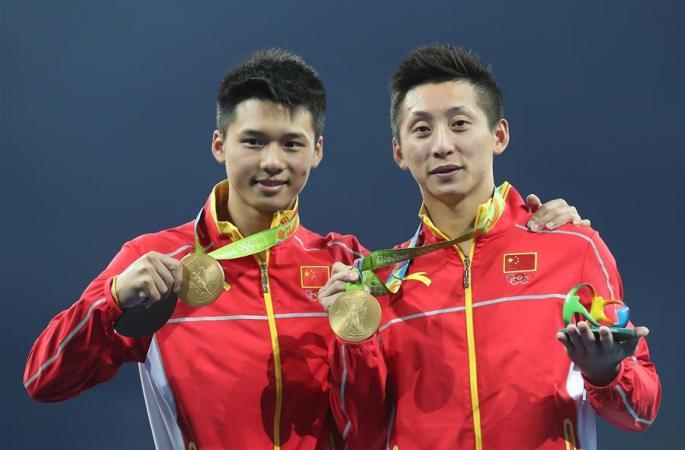 [리우올림픽] 다이빙 남자 싱크로나이즈드 10m 플랫폼: 린웨이&천아이선 금메달