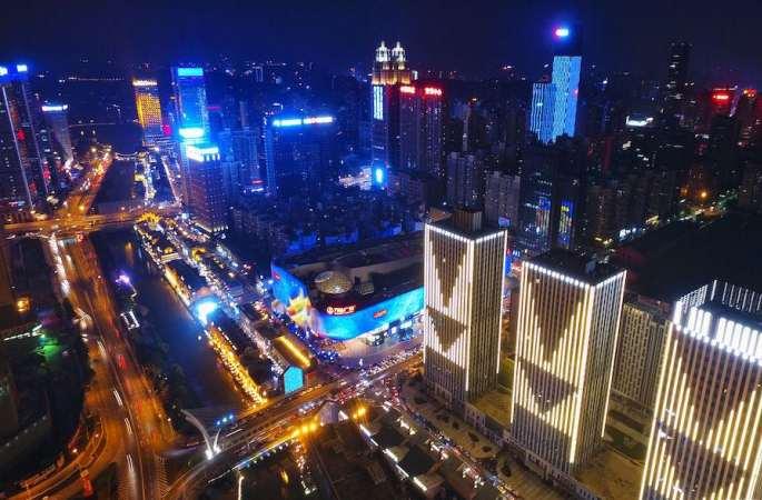 [아름다운 중국] 하늘에서 굽어본 '추허한제' 야경...현대의 '청명상하도'!