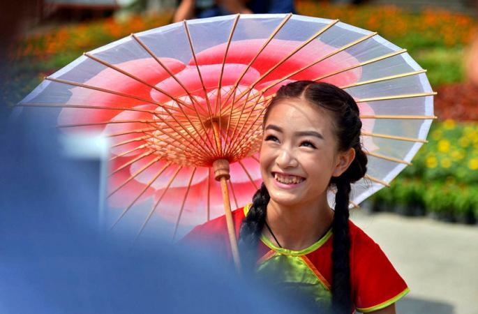 대나무 가마 타는 미녀들, 재미있는 민속놀이