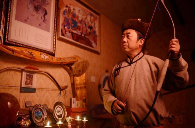 비물질문화유산 전수: 몽고족 전통 각궁 제작 현장
