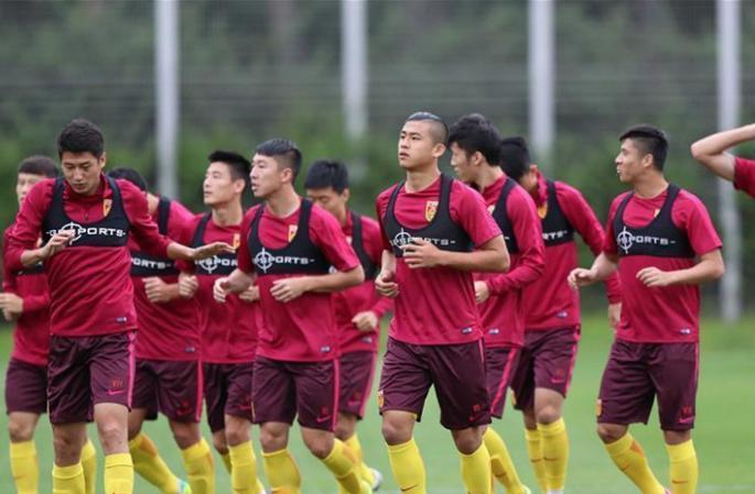 중국 축구 국가대표팀 서울에서 집중 훈련 돌입