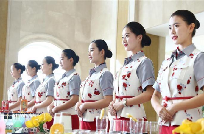 쓰촨 모 대학 초호화 '오성급'학부모 대기실 (9)