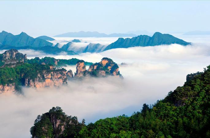 후난 장가계 톈쯔산, 초겨울의 '운해 장관' 펼쳐져