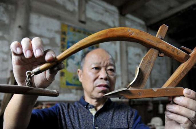 中 목수의 40년 전통 농기구 제작법, 전통 농경문화 전파