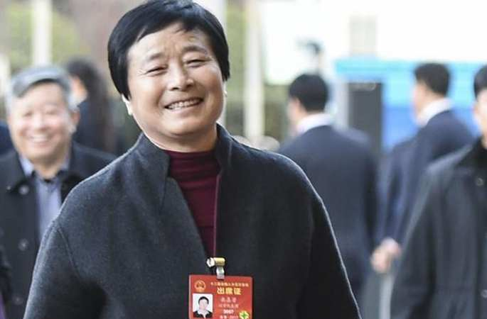 랴오닝 대표단 베이징에 도착