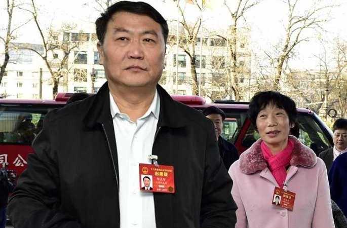 톈진 대표단 베이징에 도착