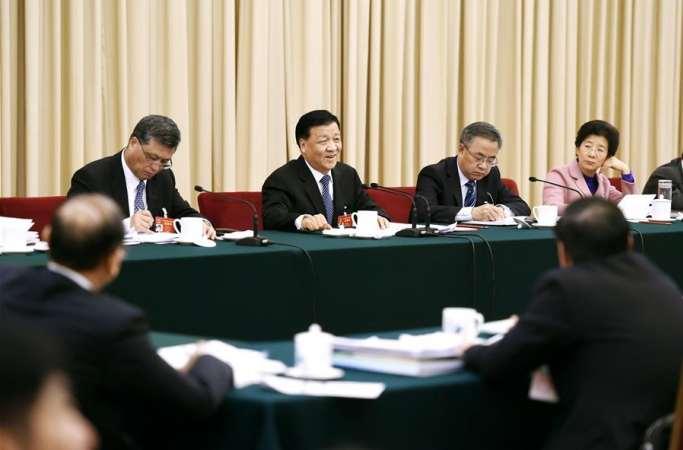 류윈산, 광둥 대표단 심의에 참가