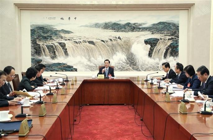 12기 전인대 5차회의 주석단 상무주석 제1차회의 개최...장더장 회의 주재