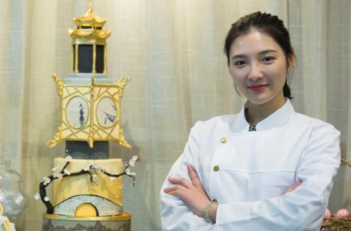 항저우 미녀, 아름다운 시후(西湖) 경치 케이크에 올려