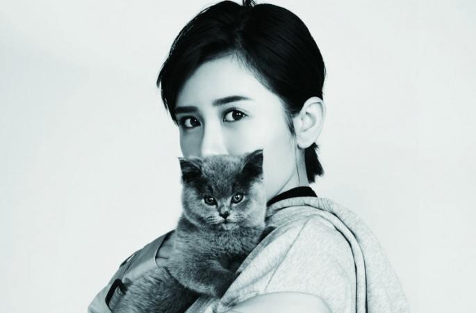샤쯔퉁 패션 화보 공개…믹스매치 스타일의 패션 감각 뽐내
