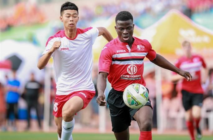 네이멍구 국제 청소년 캠퍼스 축구 여름 캠프 열어