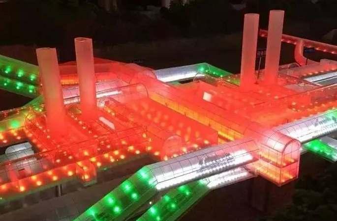 세계를 또 깜짝 놀라게 한 중국 프로젝트! 만리장성 지하 세계 최고 깊이의 고속철역 건설