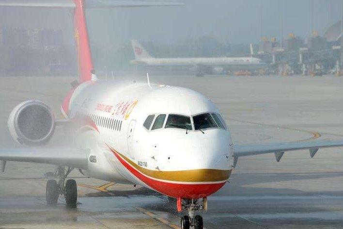 중국산 ARJ20 여객기 국내 지선항로 첫 비행 임무 수행