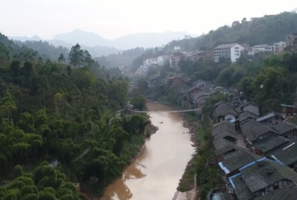 [TV] 드론 촬영: 소박함이 살아 숨쉬는 충칭중산 옛 마을