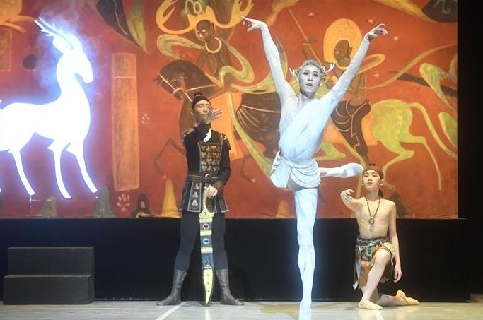 '둔황 벽화에서 뛰어나온' 발레 동화 '구색녹' 베이징서 공연